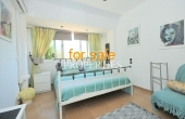 Double bedroom with bright decor